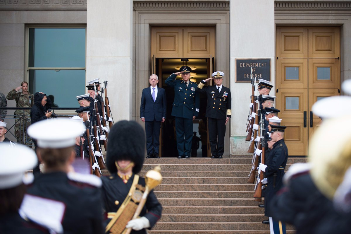 #SecDef welcomes #Mexico's Secretary of National Defense, Gen. Cienfuegos Zepeda and Secretary of Navy, Adm. Vidal Soberon to the #Pentagon.<br>http://pic.twitter.com/mOHid8OYNh