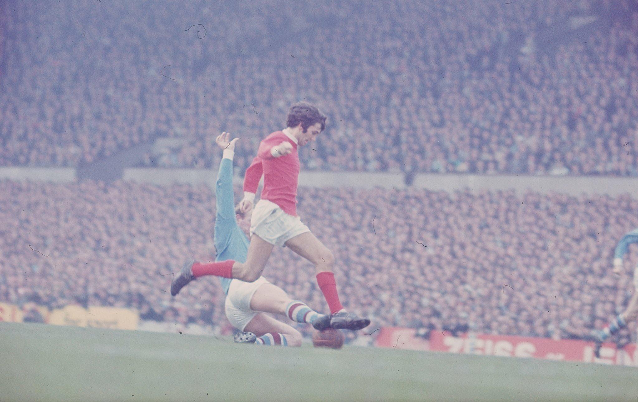 Happy Birthday, one of the greatest.  Pele good, Maradona better, George BEST!