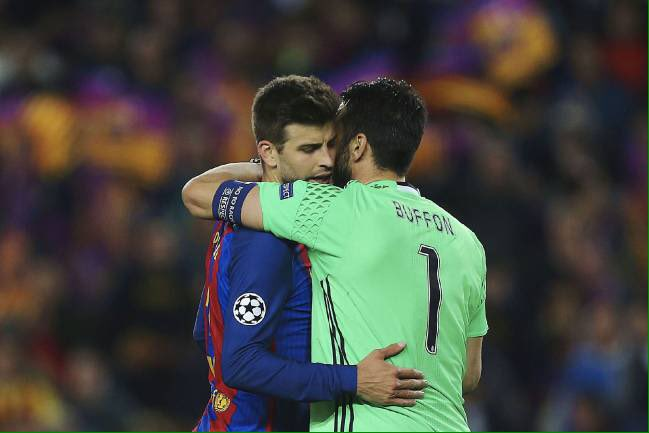 #Piqué: &quot;If we look at the trophies that #Buffon has won.. He&#39;s won the Scudetto, the Coppa &amp; can still win #UCL. He deserves the #BdR.&quot;<br>http://pic.twitter.com/gx3fHl8U8z