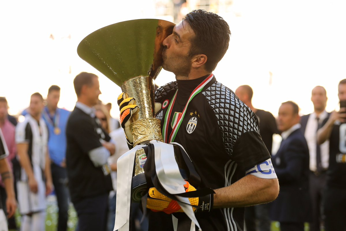 #Agiveo #ФутбольныйМенеджер #GianluigiBuffon #Italia  Buffon in 2016/17:   Serie A -   Coppa Italia -   UEFA Champions League - loading...pic.twitter.com/pkeG3VHNEe