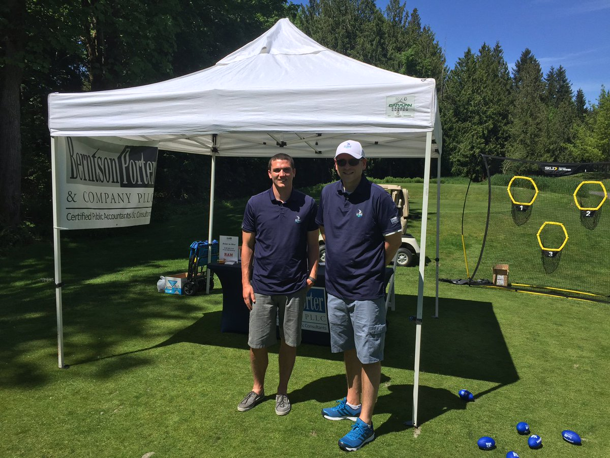 We had a great time #sponsoring the @AGCofWashington golf tournament today! What a beautiful day for golf!<br>http://pic.twitter.com/dUBs76tIF5
