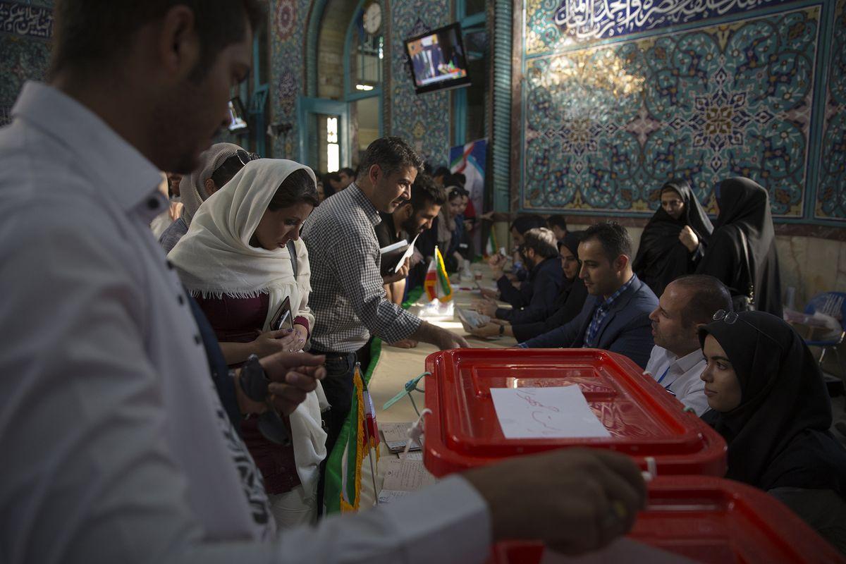 Iran reformists sweep city council elections https://t.co/yT7voN4EJL