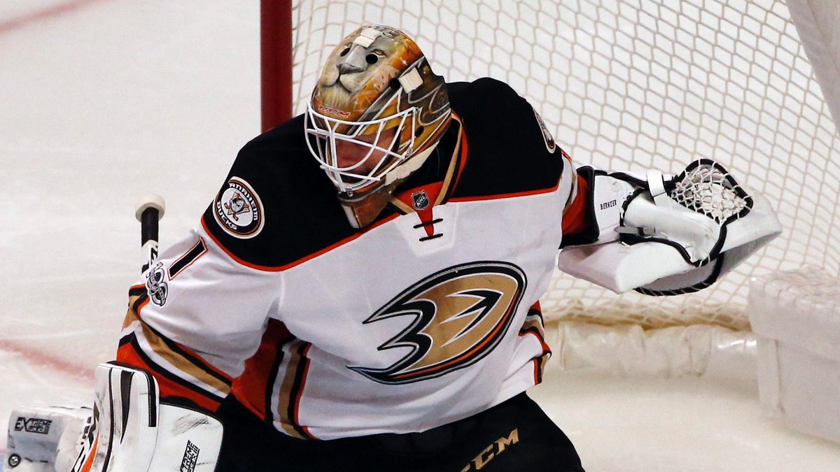 JUST IN: Jonathan Bernier will start Game 6 for @AnaheimDucks. https:/...