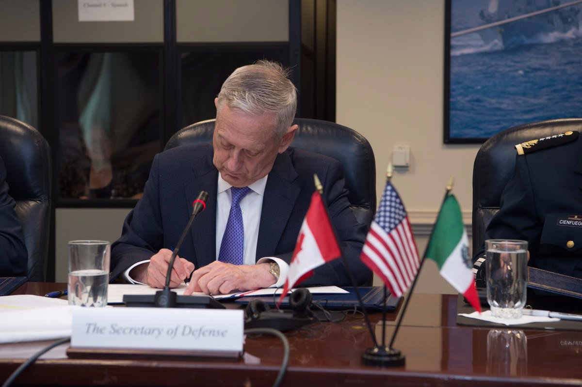 #SecDef Jim Mattis signs a joint statement with the North American Defense Ministerial following meetings at the #Pentagon in #WashingtonDC.<br>http://pic.twitter.com/VfH7GZc73K