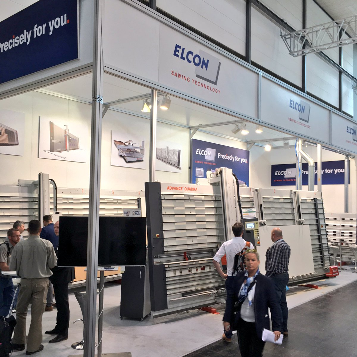 Elcon - elected, everyone&#39;s favourite Vertical Panel saw. Precisely for you. #ligna #Ligna2017 #Limpio #Quadra<br>http://pic.twitter.com/88FlLSQOEu &ndash; bij Hannover Messe