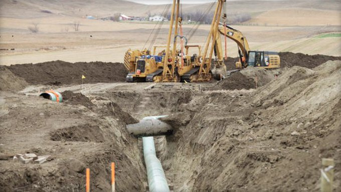 The Dakota Access pipeline system leaked more than 100 gallons of oil in N. Dakota in 2 separate incidents in March https://t.co/Zl0g3tT3w3