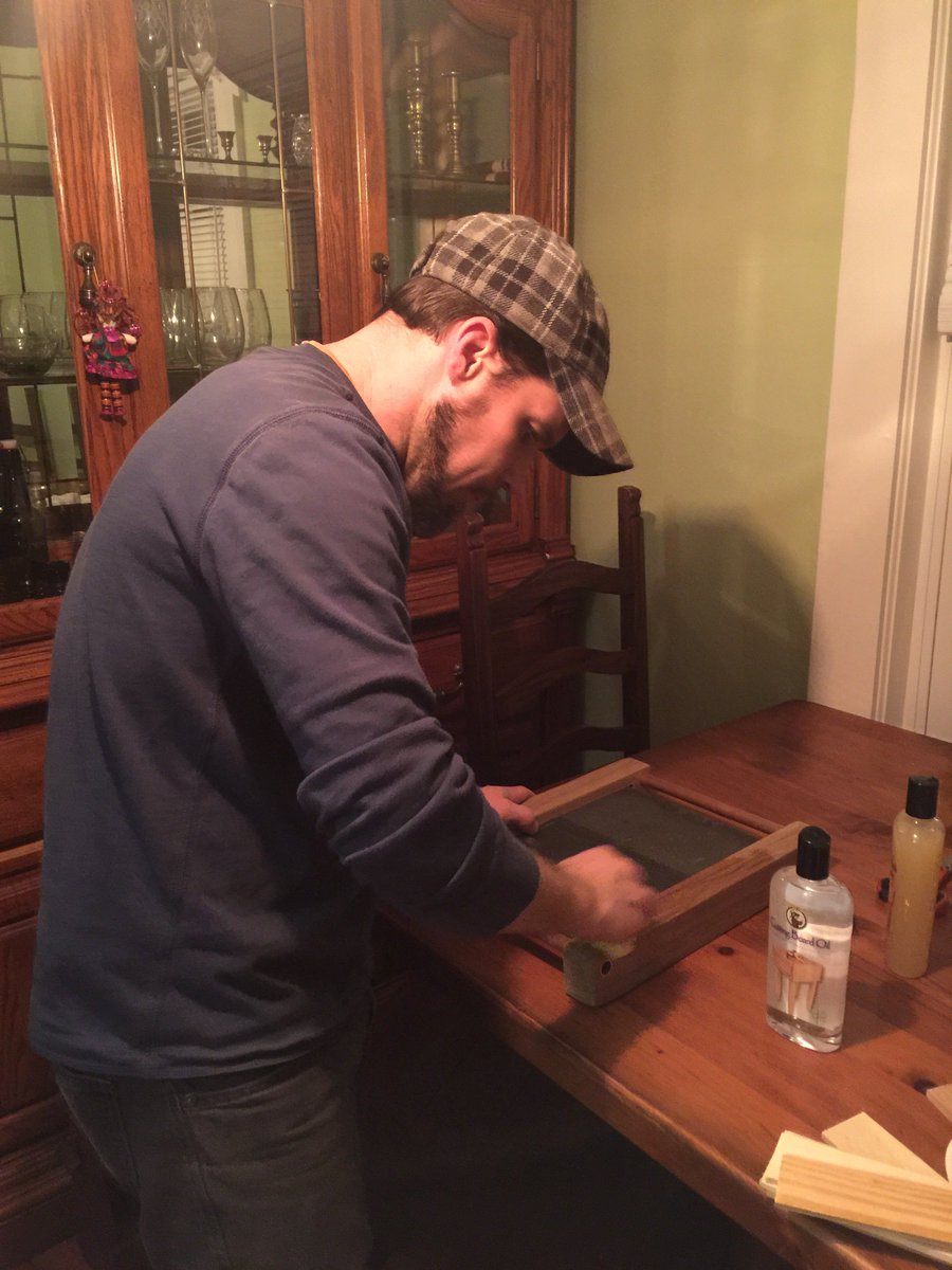 working on the #liveoak #cheeseboard  #etsychaching #woodworking #slate #wood #handmade #follo4follo #like #etsy #forsale #buynow<br>http://pic.twitter.com/cRveNlfODU