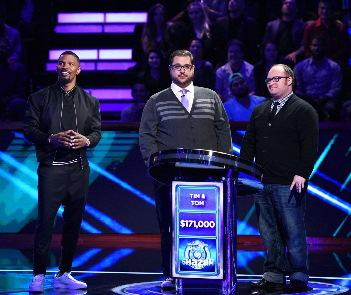 .@iamjamiefoxx returns to television as host of the new game show 'Bea...