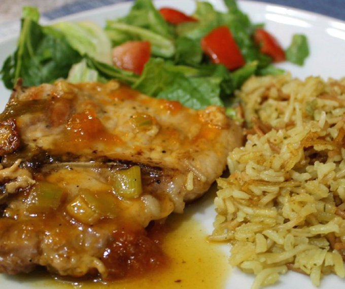 Saucy Pork Chops With Apricot Glaze