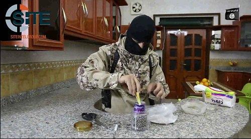 Un fanático del Estado Islámico anunció el ataque cuatro horas antes y los yihadistas lo celebran en las redes sociales