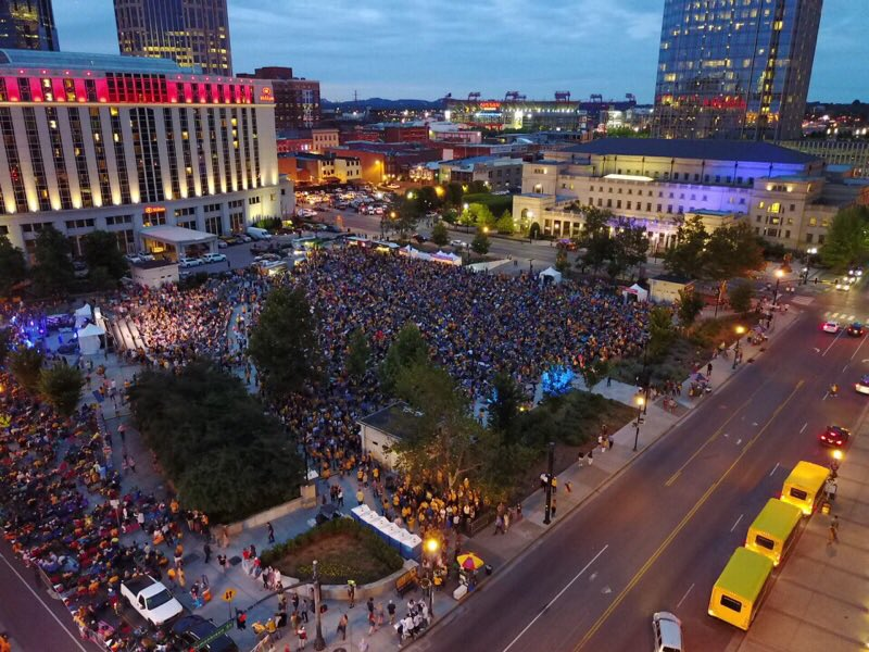 Might be just as many #Preds fans outside as there are inside. #Smashv...