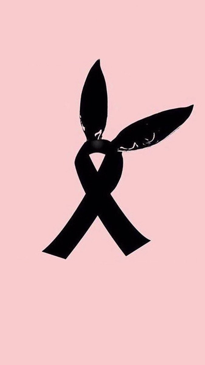 #PrayForAriana #PrayForManchester https:...