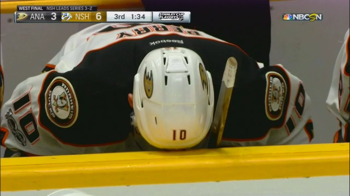 Corey Perry is taking this well https://t.co/uuaHh1DFEp