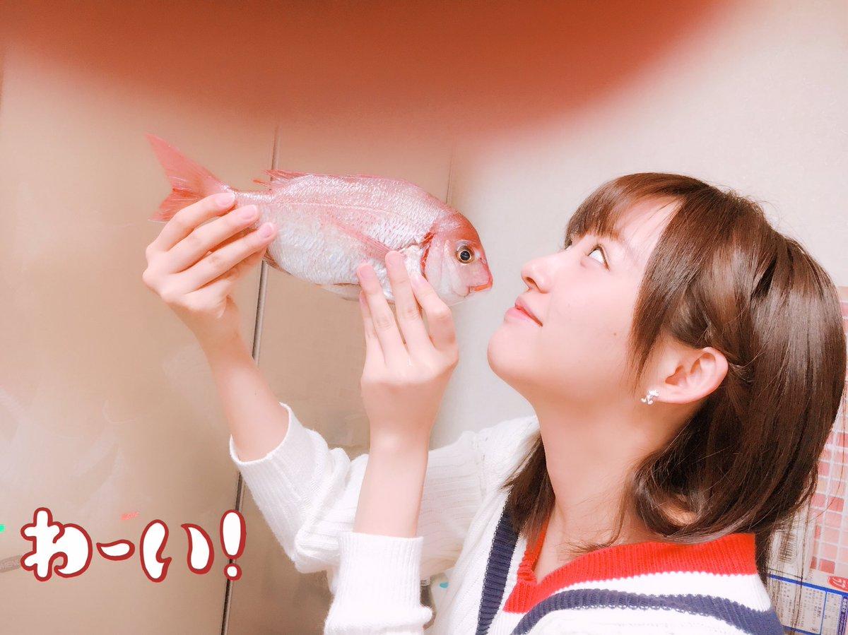 今日はキスの日らしい。  この世にある鎌田のキス写真はこれだけです。いぇーい(  ˙-˙  )b  #キスの日 #チダイ #鯛 https:...