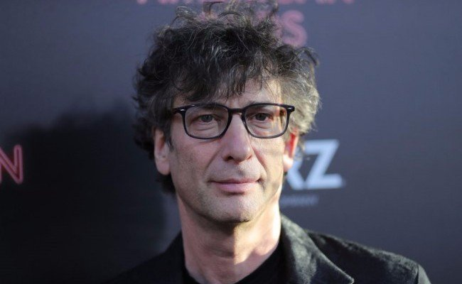 Neil Gaiman will perform the whole Cheesecake Factory menu (if we rais...