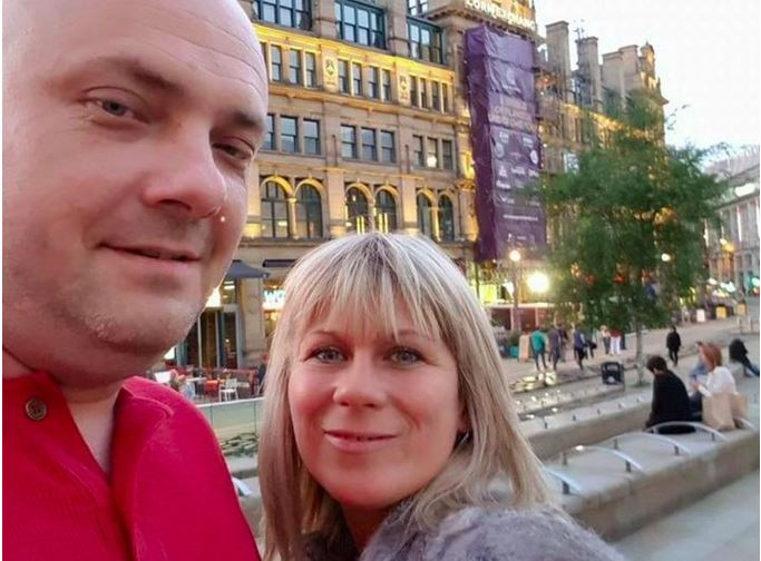 Daughter appeals to find parents missing after Manchester terror attack https://t.co/g6PtxsSlP3