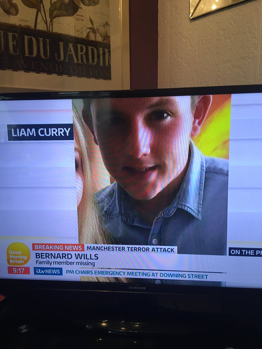 #MissingInManchester looking for #Liam curry please re tweet  <br>http://pic.twitter.com/AxuWwwwOG6
