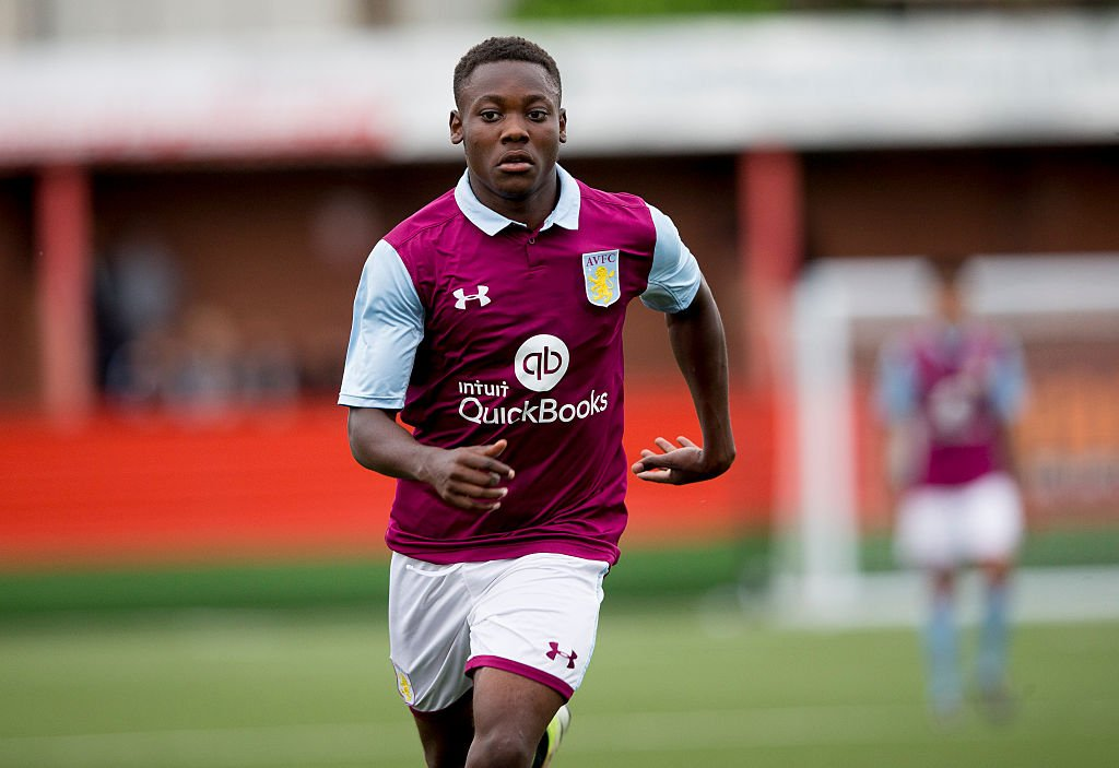 Villans, this is your chance to #win an official 2016/17 @Rushcmpt #FACup shirt!  Just RT by 4:30pm today to enter! Good luck!  #AVFC <br>http://pic.twitter.com/dd39leh4VJ