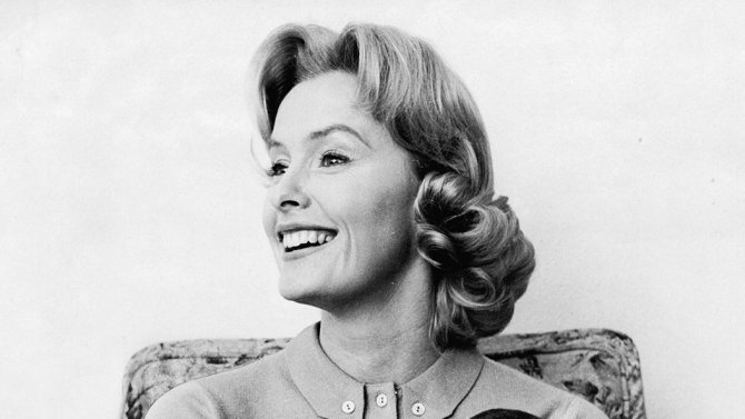 Dina Merrill, elegant actress and philanthropist, dies at 93 https://t...