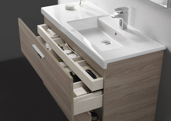 Top tip: washbasins with integrated base units are one of the best ways to optimise space in a #bathroom  http:// bit.ly/2rG4GhM  &nbsp;  <br>http://pic.twitter.com/XbOEVGeaDh