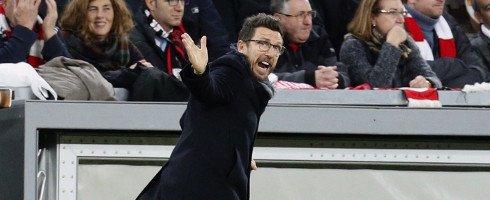 It's expected that #Sassuolo Coach Eusebio Di Francesco will replace Luciano Spalletti on the #ASRoma bench.  http://www. football-italia.net/102996/di-fran cesco-replace-spalletti &nbsp; … <br>http://pic.twitter.com/z4Q8WBXs8u