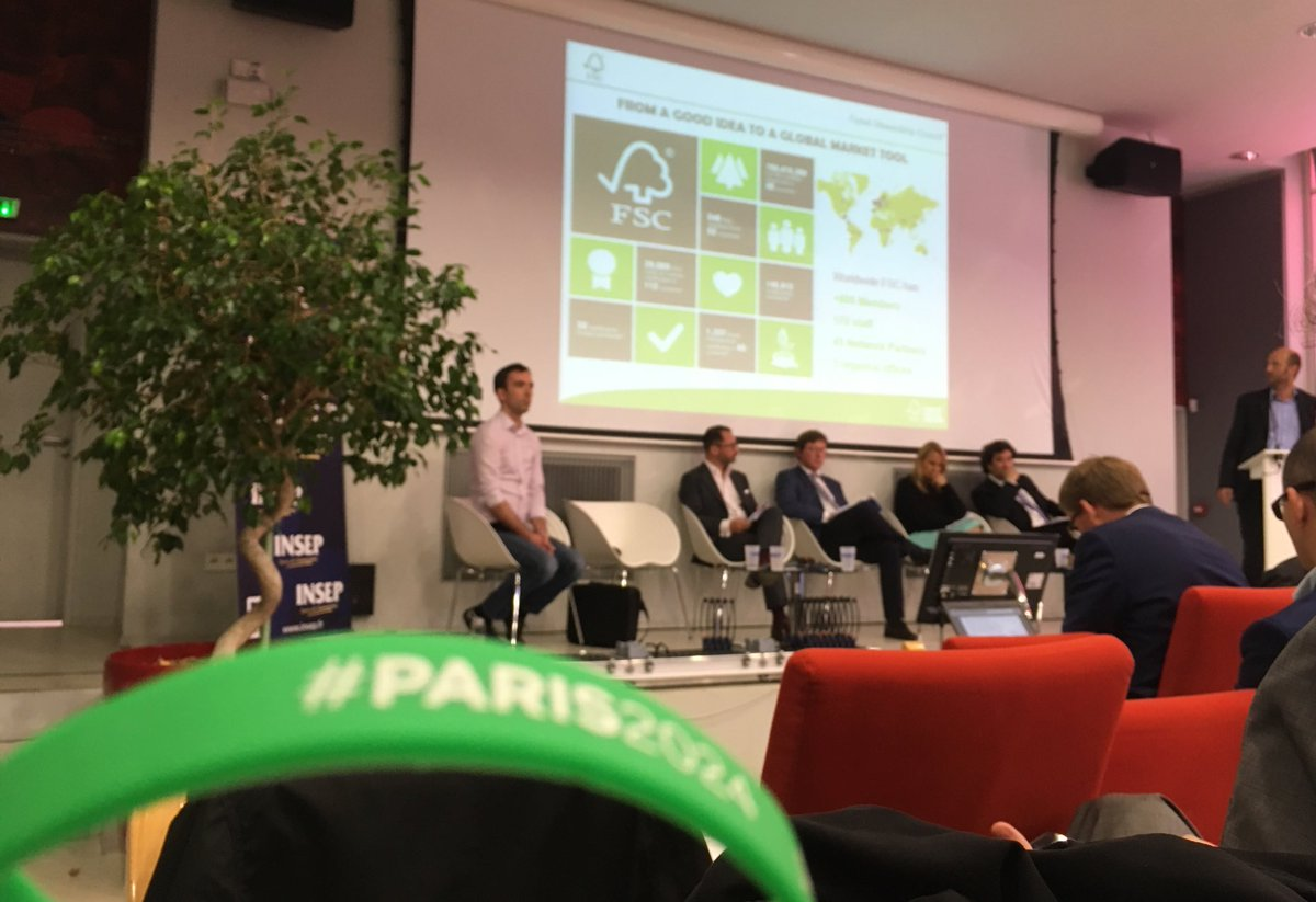 .@Paris2024 at #sandsi17 during @FSC_IC presentation. 1 key actor involved in the -#Paris2024 Sustainability Strategy #ParisAgreement !<br>http://pic.twitter.com/qKAg7DXzx9