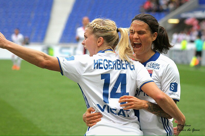 Objectif Champions League  #TeamOL #OLFéminin #UWCL © @Eni_Ley<br>http://pic.twitter.com/8H2uI8UoMU