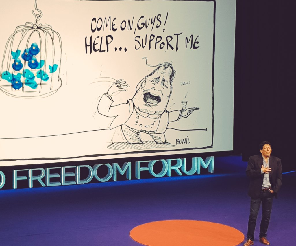 Humor &amp; satire: powerful weapons to expose corruption &amp; abuses. Cartoonist @bonilcaricatura is prime example #OsloFF #rafaelcorrea #Ecuador <br>http://pic.twitter.com/4VNv57KcZh