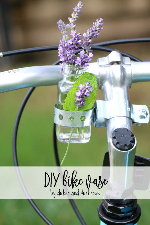 Add a touch of whimsy to your bike with a #DIY bike vase!  http:// dukesandduchesses.com/diy-bike-vase/  &nbsp;  <br>http://pic.twitter.com/a6EVsLbLrD