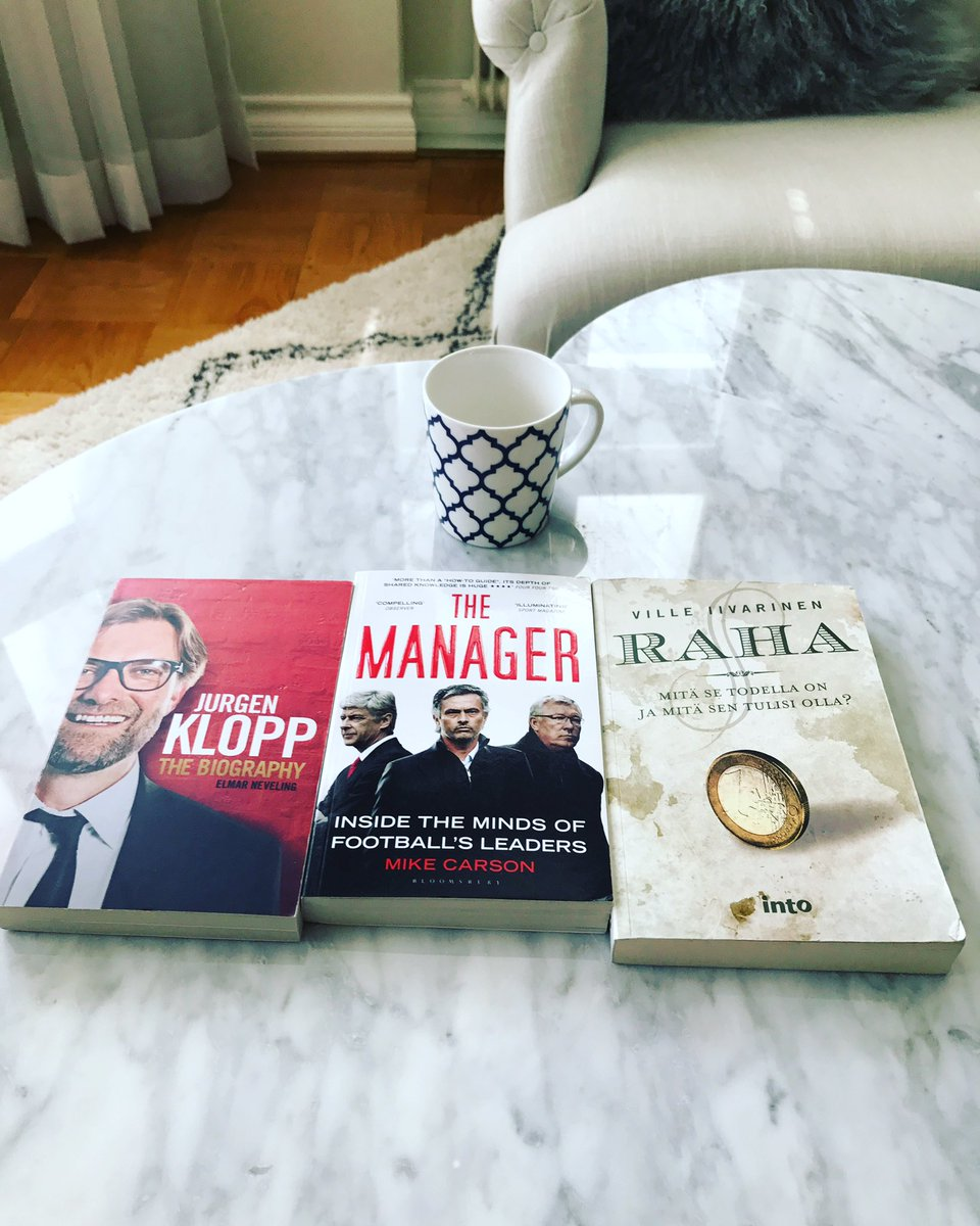 Matchday reading! which one to start with ? #klopp #mourinho #ferguson #arsene #ancelotti #raha Ill start with the coffee <br>http://pic.twitter.com/Os3h85u3hN