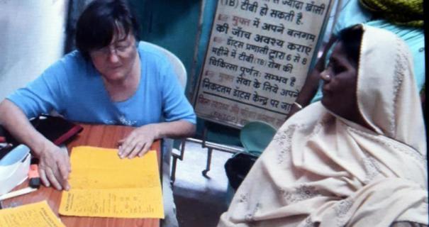 Eindrücklicher Bericht in der @tz_zeitung über Barbara Müllerleile, die sich für uns in #Kalkutta engagiert hat: https://t.co/MrOUcZrZ75 https://t.co/YQHvKAkIAa