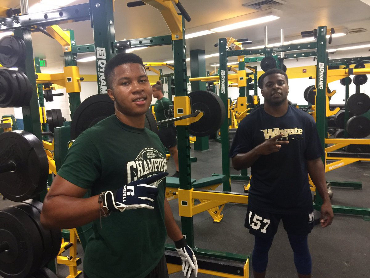 Nice to see guys come back to Grind!! @__tonioooo and @tyki_TLO9 Looking Good Men!! Once a Titan Always a Titan!! #one #BleedGreen<br>http://pic.twitter.com/HObfTE5BKa