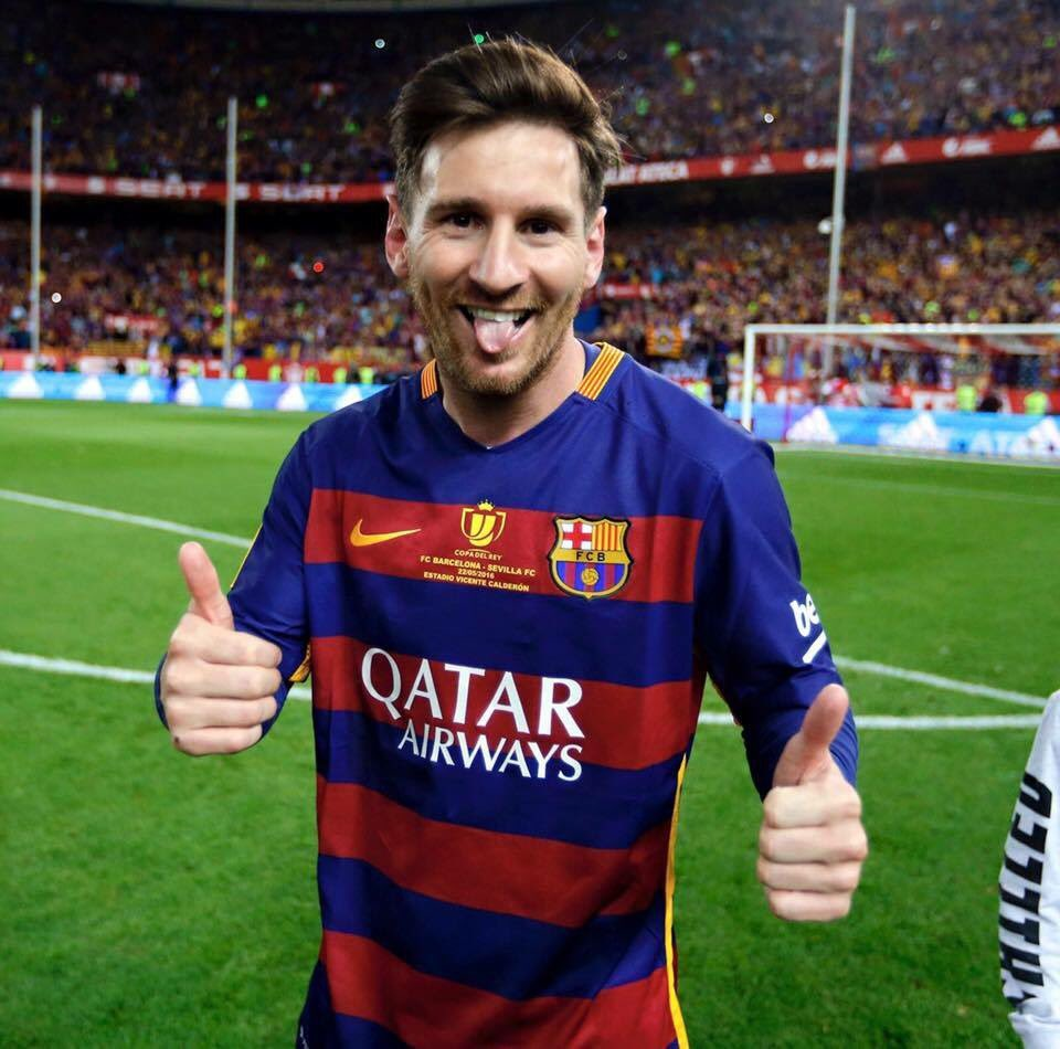 Throw  #Messi #WeAreMessi<br>http://pic.twitter.com/mCLyVjDwB1