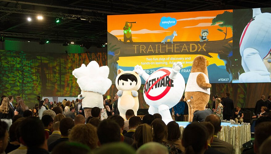 4 lessons B2B marketers can learn from the @salesforce brand https://t.co/QOWOhOiamw #SalesforceTour https://t.co/IzlSwvXU9Y