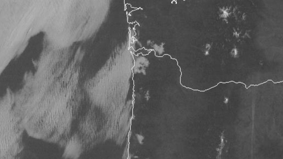 Some spots are warmer than 24 hrs ago, but highs will be 10° cooler. Marine layer clouds starting to form at the coast. #kgwweather #pdxtst<br>http://pic.twitter.com/1zlDV4gdMG
