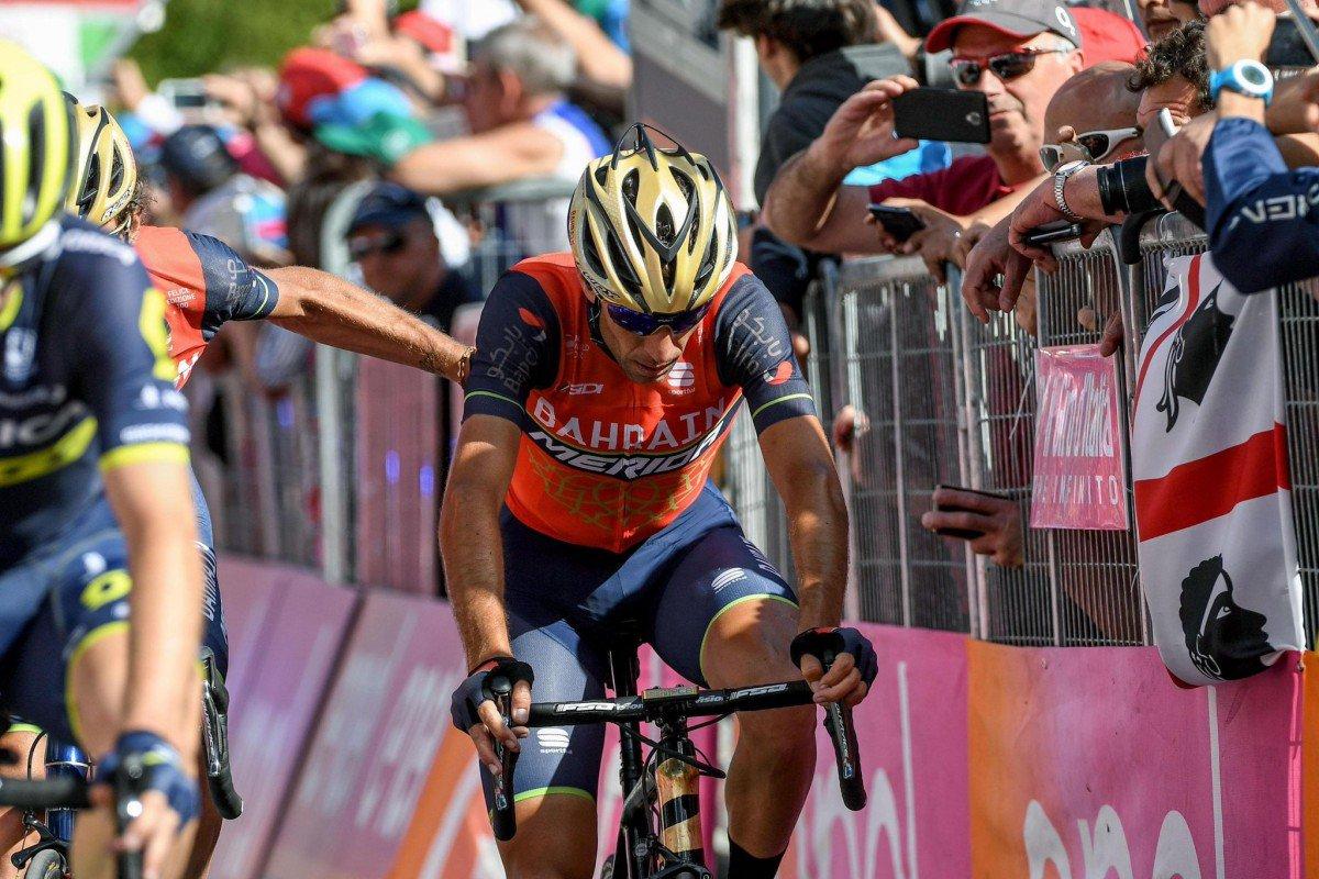 Giro, la Rovetta-Bormio è di Nibali , Dumoulin rallentato da problemi intestinali - https://t.co/Kan5QfqgFv #blogsicilianotizie #todaysport