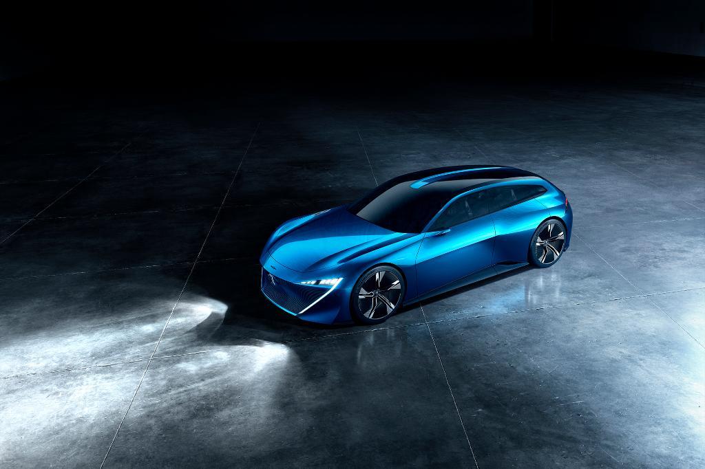 &quot;It is a unique proposition&quot; - @DavidPeel, Managing Director of #Peugeot UK, on the new #PeugeotInstinct Concept &gt;  http:// po.st/575Y6M  &nbsp;   <br>http://pic.twitter.com/lkzRnRePgX