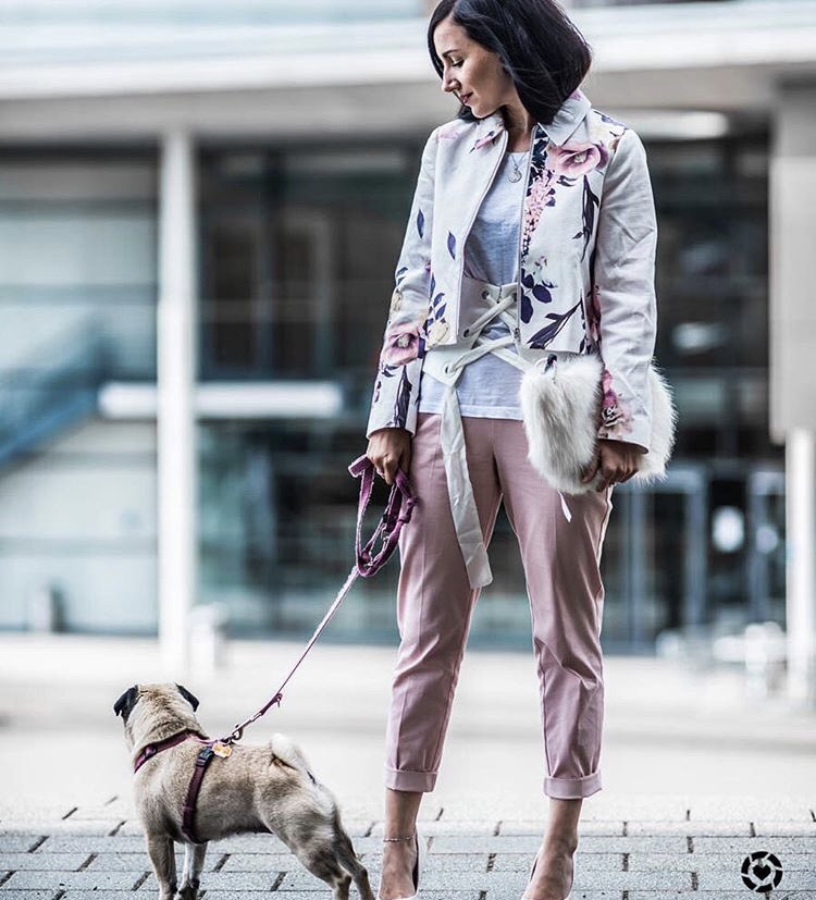 That look is up on the blog  #fashionista #fashionblogger #ootd #blogger #style #styleoftheday <br>http://pic.twitter.com/QdLrOGIJx2
