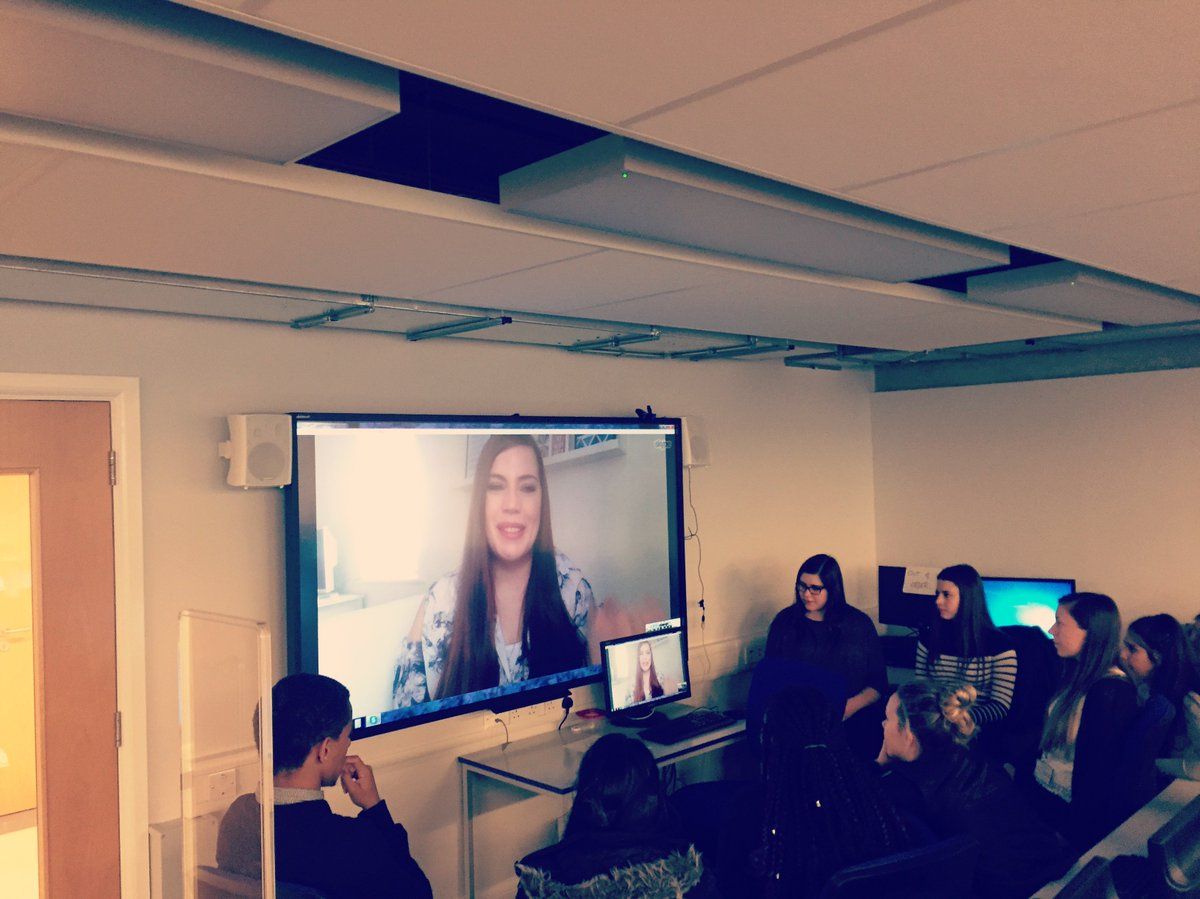 Our 6th Form students had an amazing talk with @carlybennett today in our Professional Skype series! #tlchat #edtech  http:// bit.ly/2rxuX4i  &nbsp;  <br>http://pic.twitter.com/vf1wQPh5Qn