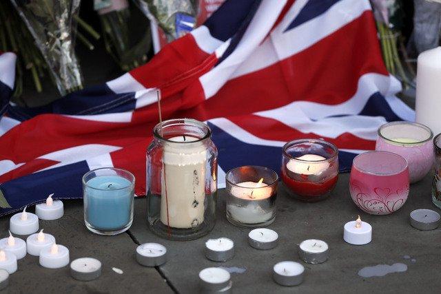 Manchester aggiornamento strage concerto di Ariana Grande: il bilancio dell'attacco terroristico