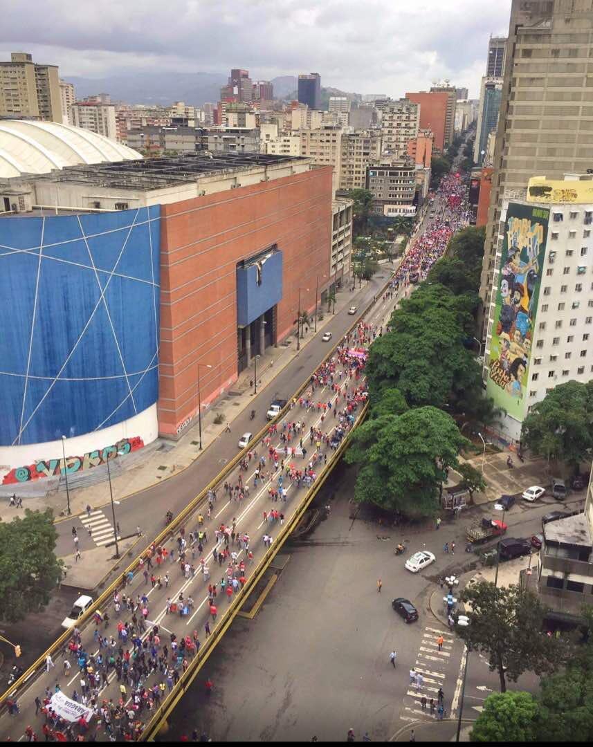 Maduro&#39;s failed &quot;great march vs fascism&quot; to support his imposition of a communist constitution. #Venezuela has had enough of dictatorship. <br>http://pic.twitter.com/8aRRNYHRgZ