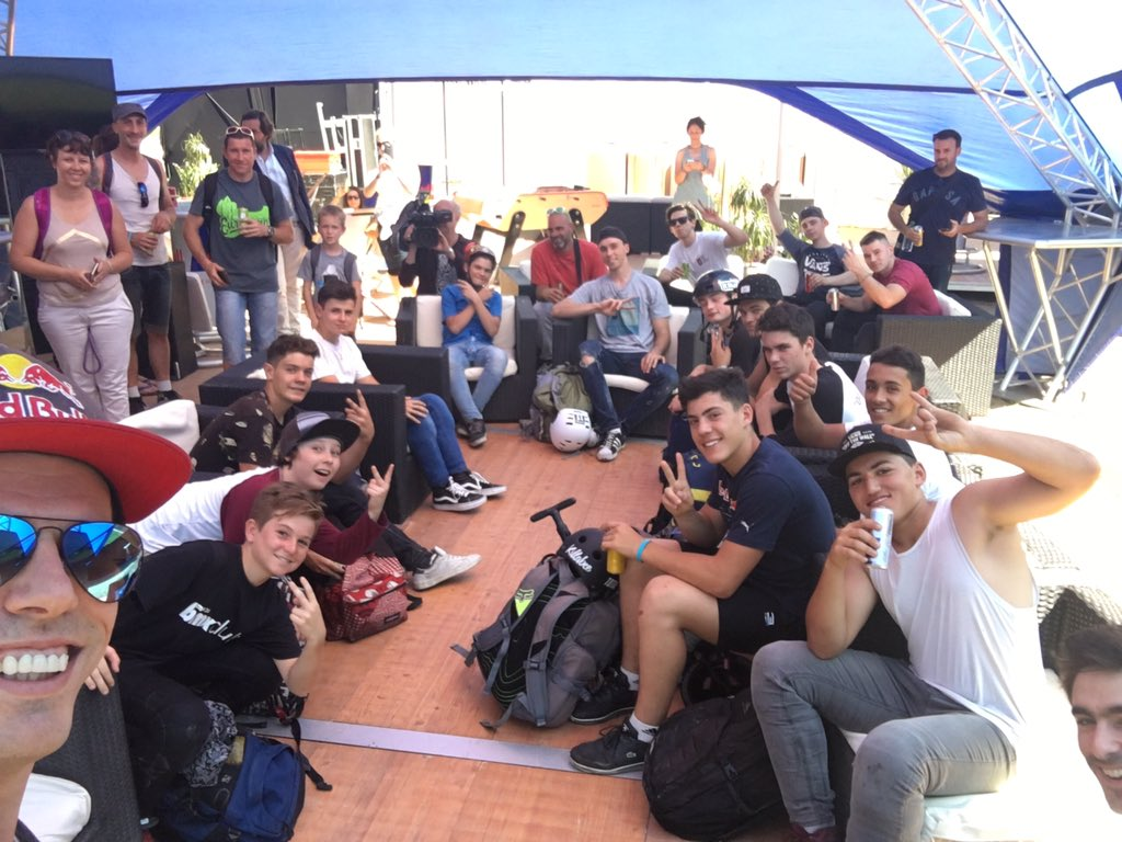 Sick day today preparing the kids for the future! #fiseworld #fise #montpellier <br>http://pic.twitter.com/pjbfwRazRs