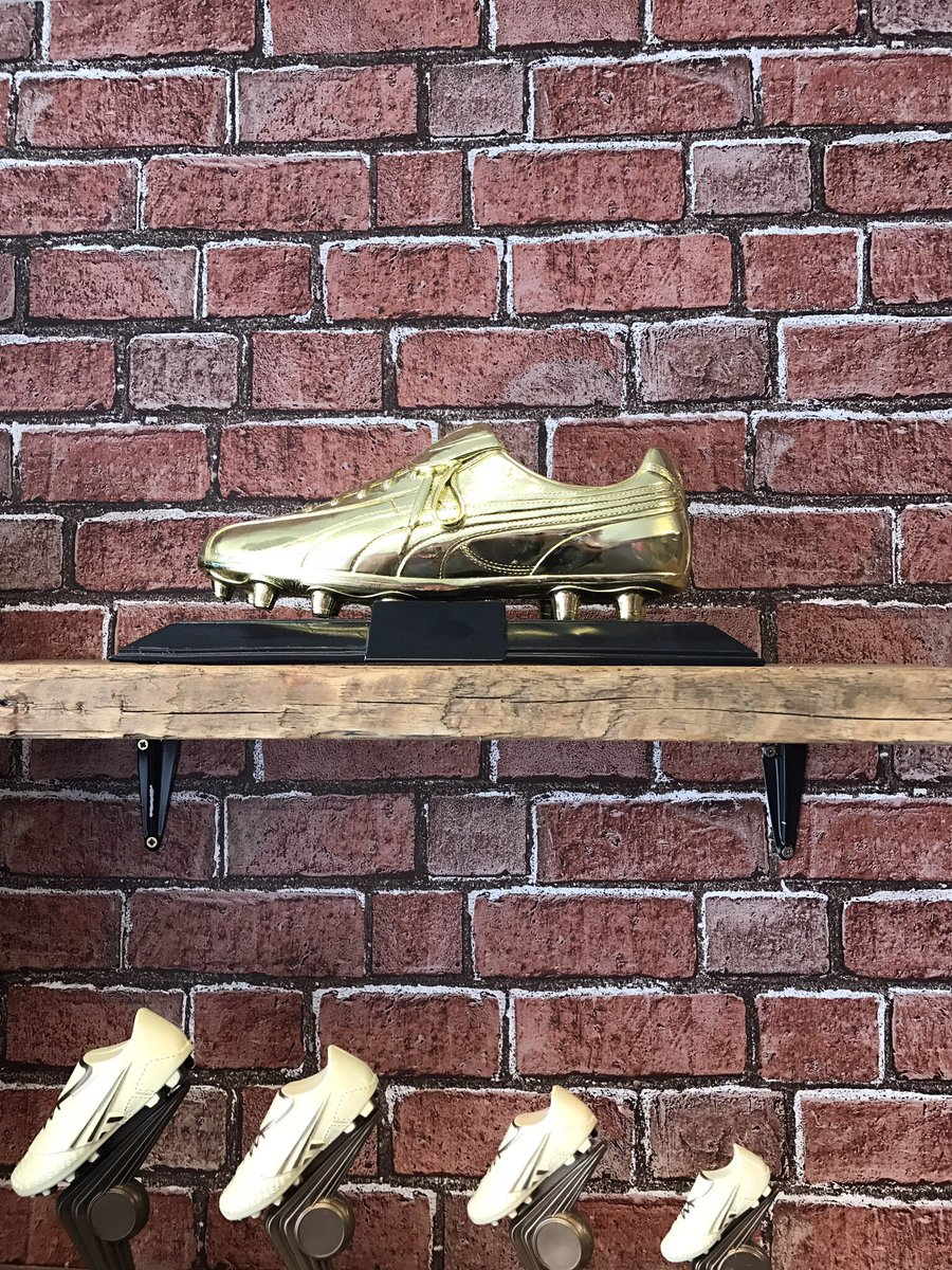 This is a beast of a trophy. Our Puma Golden Boot Award. EMAIL contact@chestertrophies.com #chestertweets #nwalestweets #puma #football<br>http://pic.twitter.com/GzFE6JjXDC