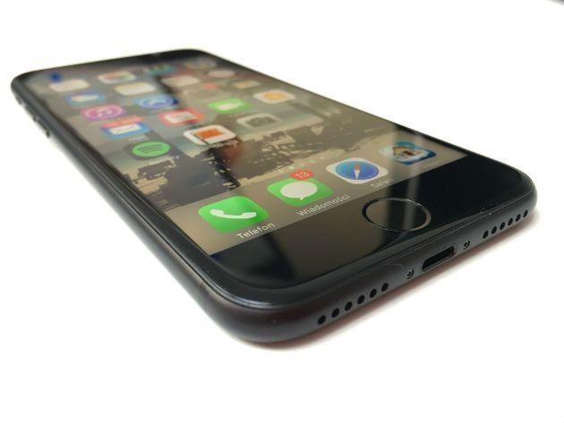 74552ac95dd leilao da receita federal tem iphone 7 pela metade do preco confira