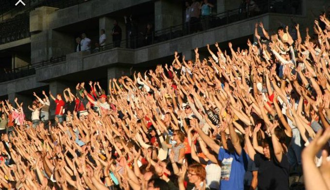 Raise your hand is you were pretty much positive that the Cavs would easily blow out the Celtics in Games 3 and 4: