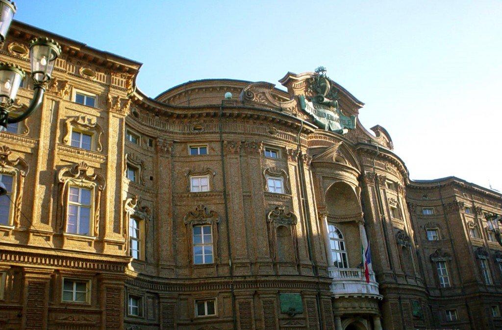Turin thru eyes of an Architect via @TurinItalyGuide https://t.co/E6rbGFQudf #art #travel #Italy #beautyfromitaly