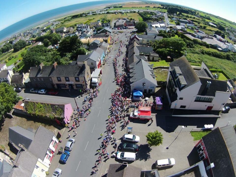 All welcome to what is sure to be another outstanding day in Clogherhead ! #TBT #Clogher10K @ireland @louthcoco @LouthProud @volunteerlouth<br>http://pic.twitter.com/Lbq5VEmOTH