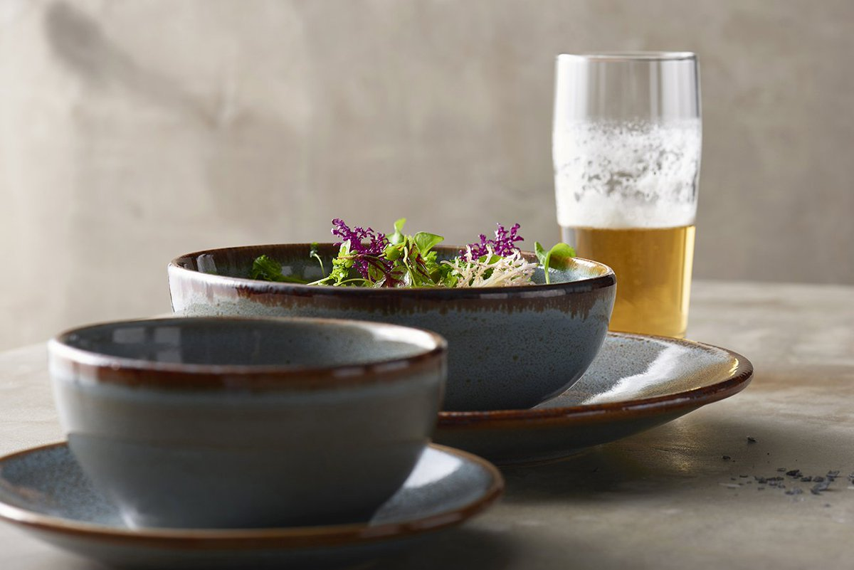 Competitively priced &amp; has the attributes to satisfy all of your #casual #dining needs - #alma #newproductlove  http://www. steelite.com/tableware/ston eware/anfora/alma.html &nbsp; … <br>http://pic.twitter.com/M3SFKphgQl