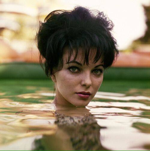 Happy birthday to beautiful and vivacious Joan Collins.