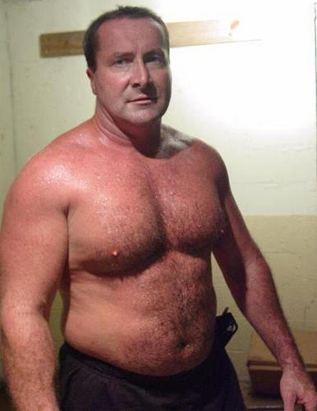 SAY HI to JIM at  http:// GLOBALFIGHT.com  &nbsp;   #hairychest #musclebear #gym #biceps #pecs #beefy #handsome #older #men #dilfs #sweaty #hunks #man<br>http://pic.twitter.com/lY7gBJo4Za